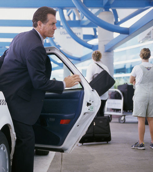 Meet and greet manchester airport elite valet parking elite valet parking is a 24 hour personal parking service for those wanting meet and greetvalet parking at manchester airport please be aware that as of m4hsunfo